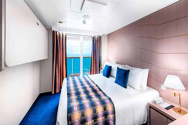 """Каюта с балконом """"Balcony Stateroom with Aurea Experience"""""""