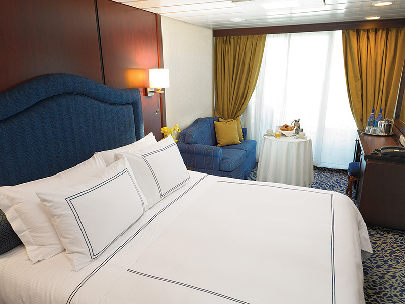 "Каюта с балконом ""Concierge Level Veranda Stateroom"""