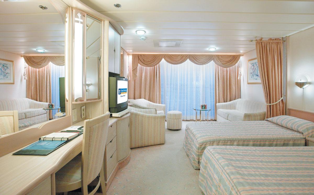 """Сьют """"Junior Suite with Balcony"""""""